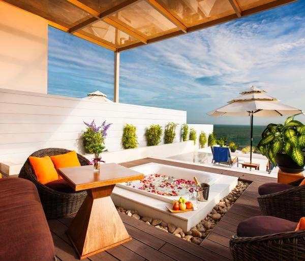 Premium Suite THE CLIFF MUI NE